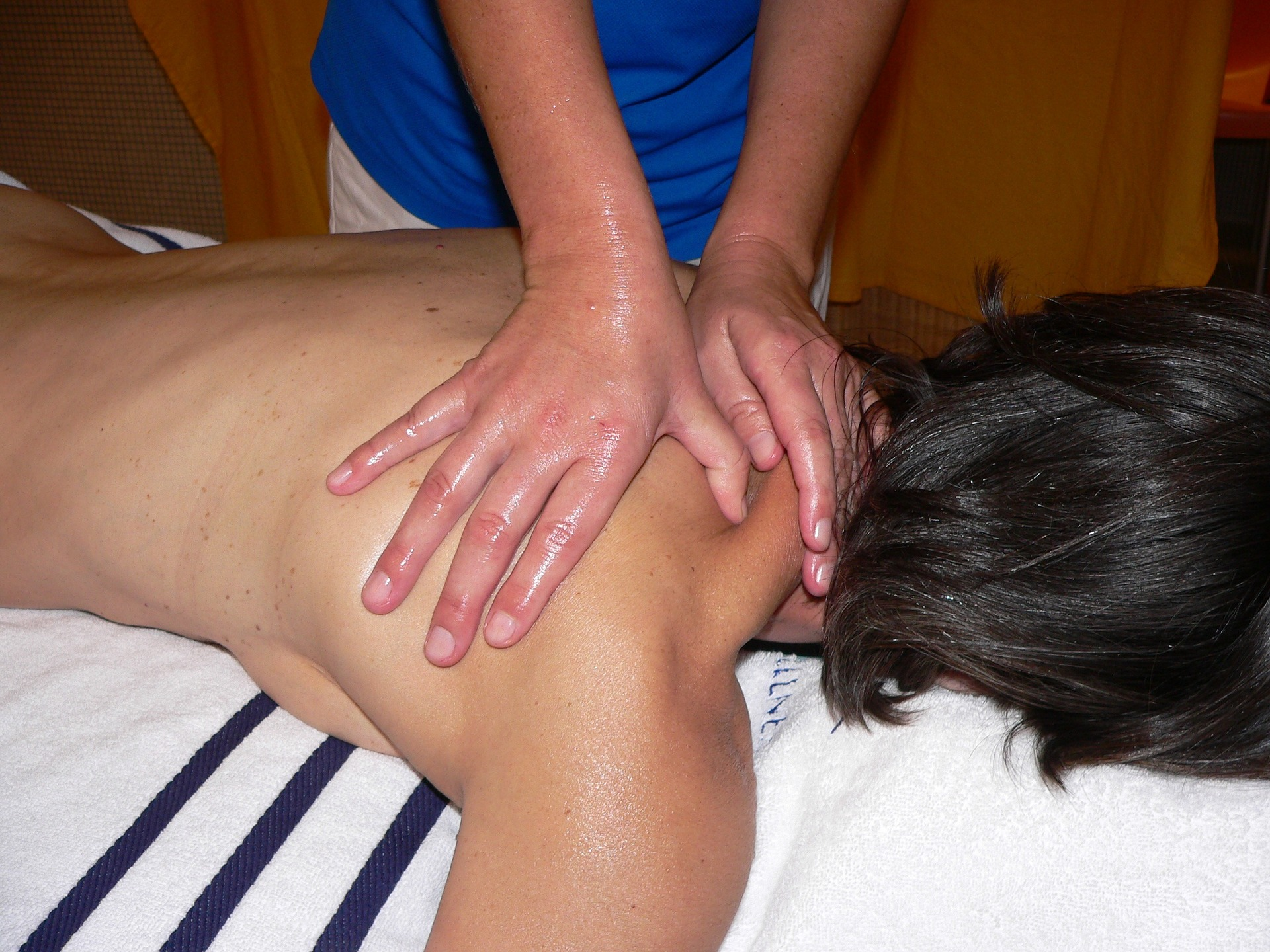 classic-massage-740214_1920.jpg