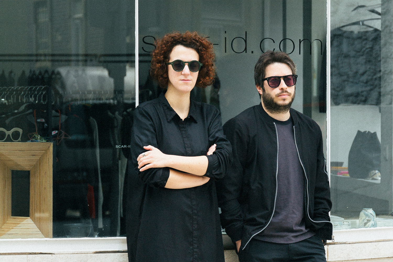 Sílvia Pinto Costa and André Ramos in front of Scar-id Store
