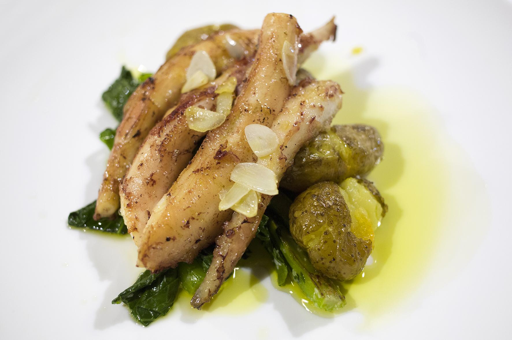 Grilled Octopus. 燒八爪魚伴烤薯及雜菜