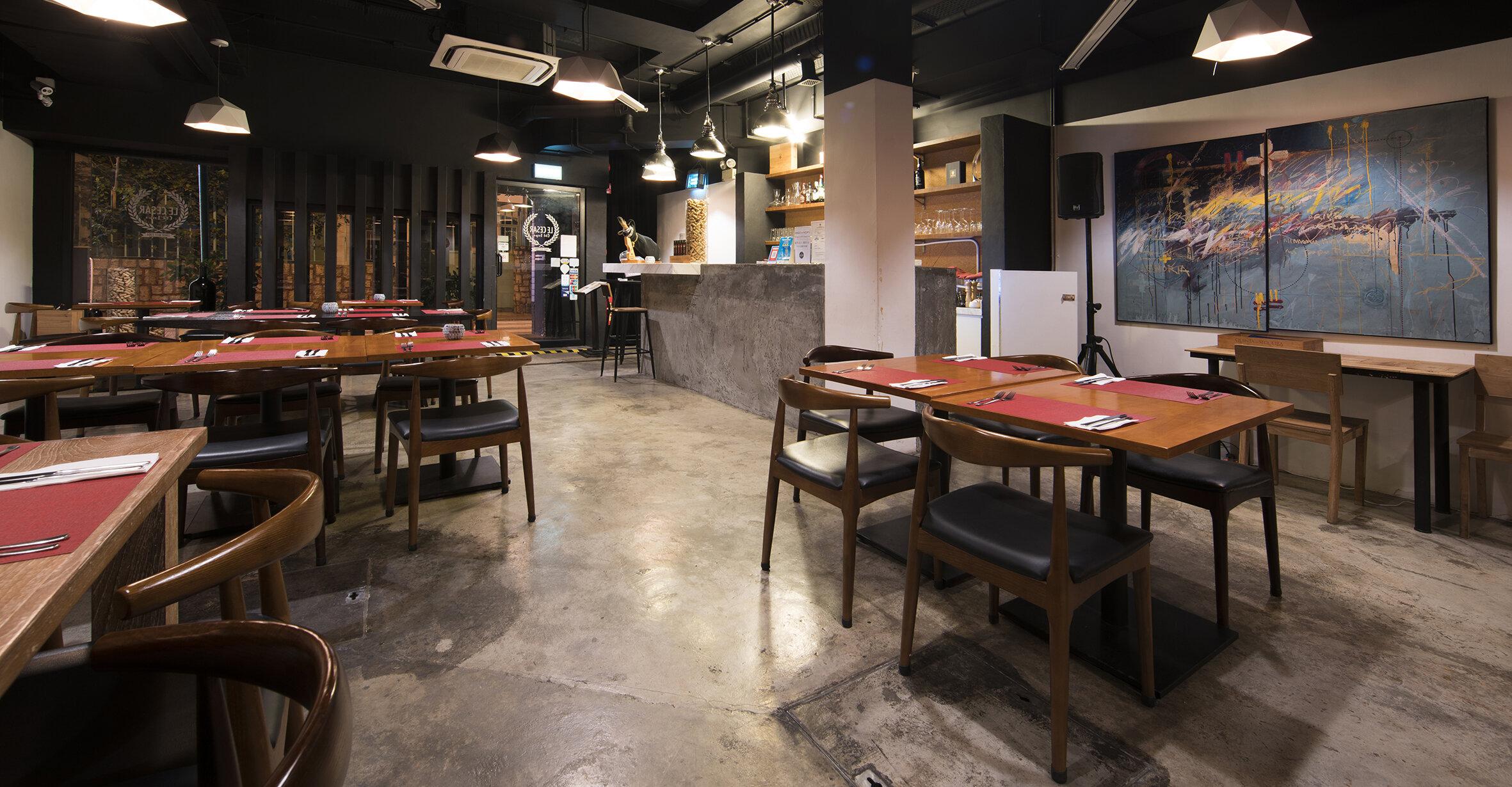 Le Cesar Old Taipa-Dining room4.jpg
