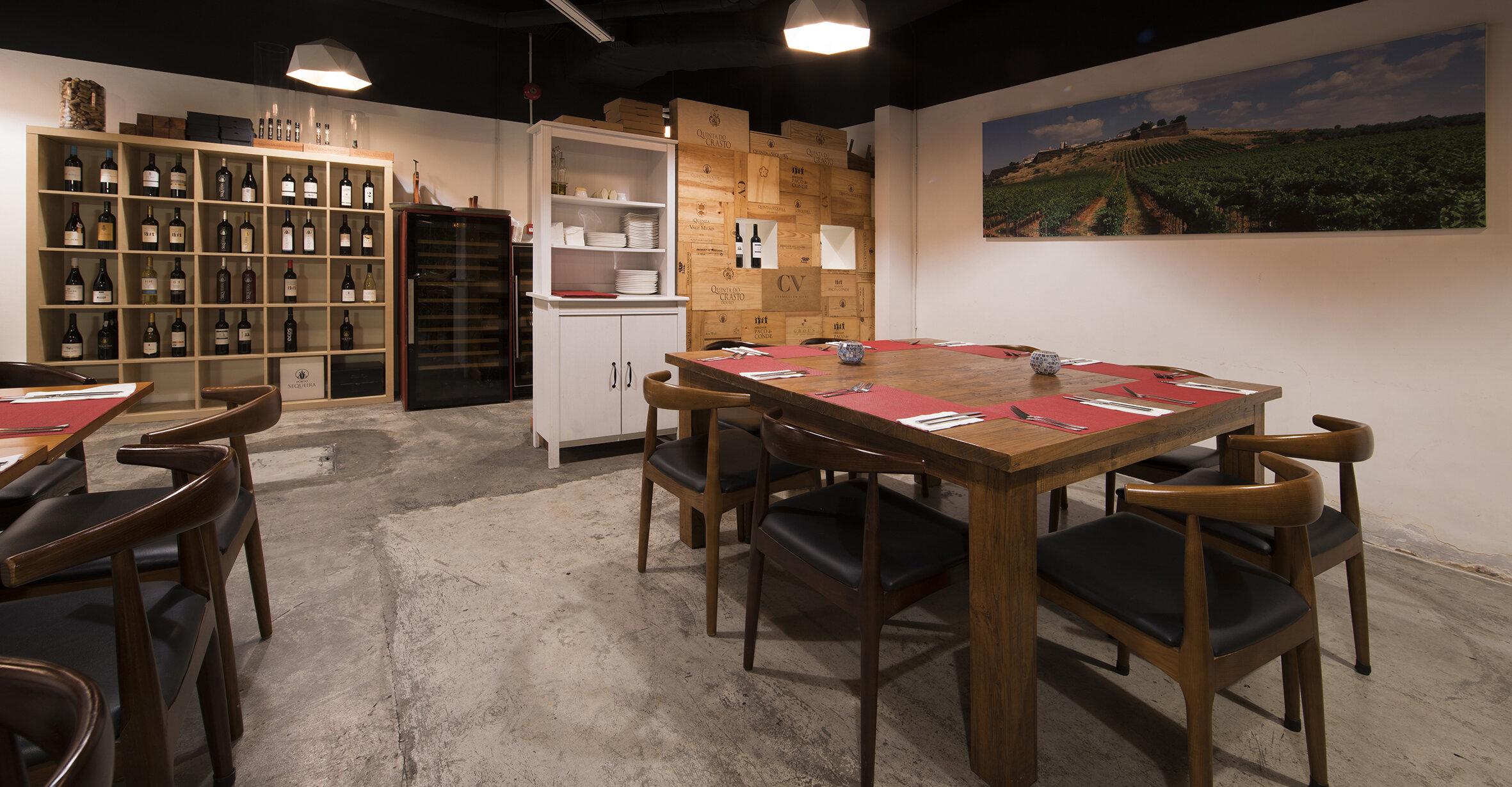 Le Cesar Old Taipa-Dining room5.jpg