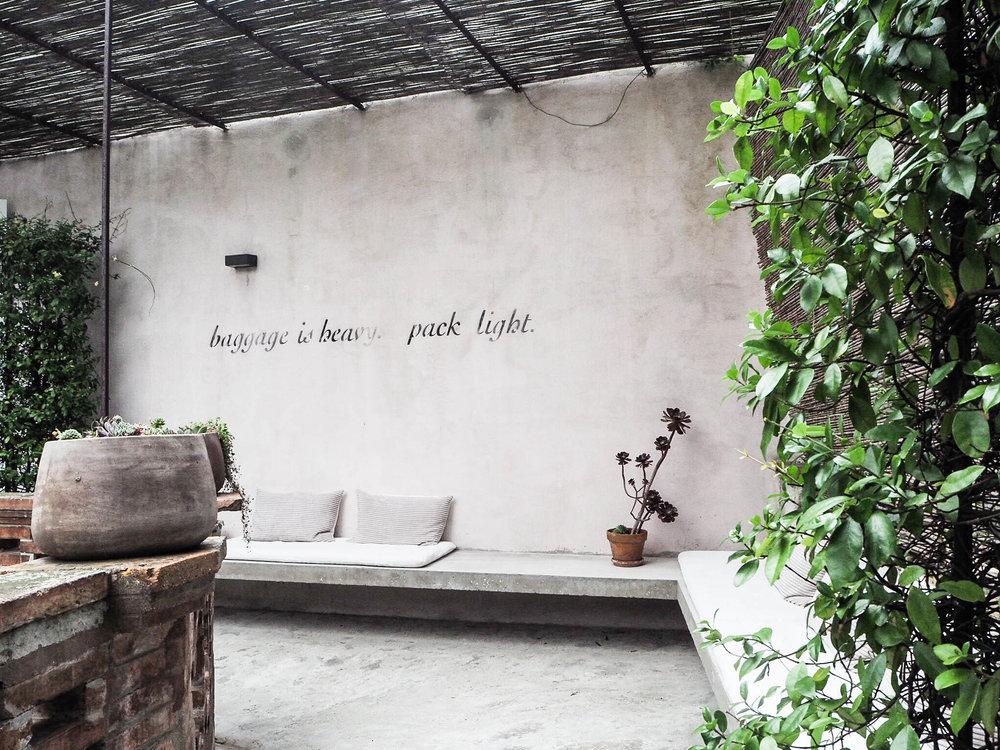 camellas-lloret-maison-d'hôtes-terrace-2.jpg