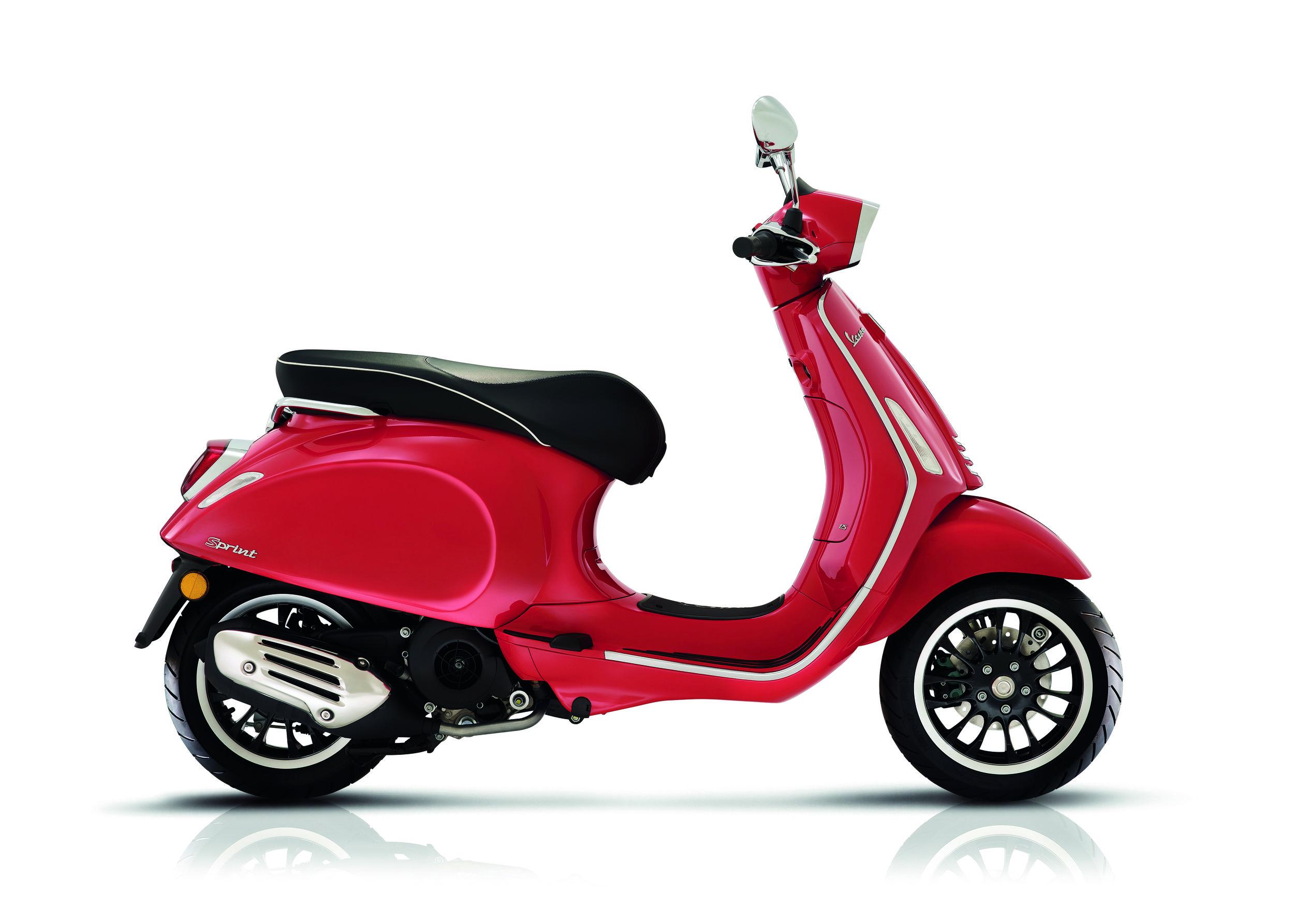 Vespa Sprint 125 Rosso Passione.jpg