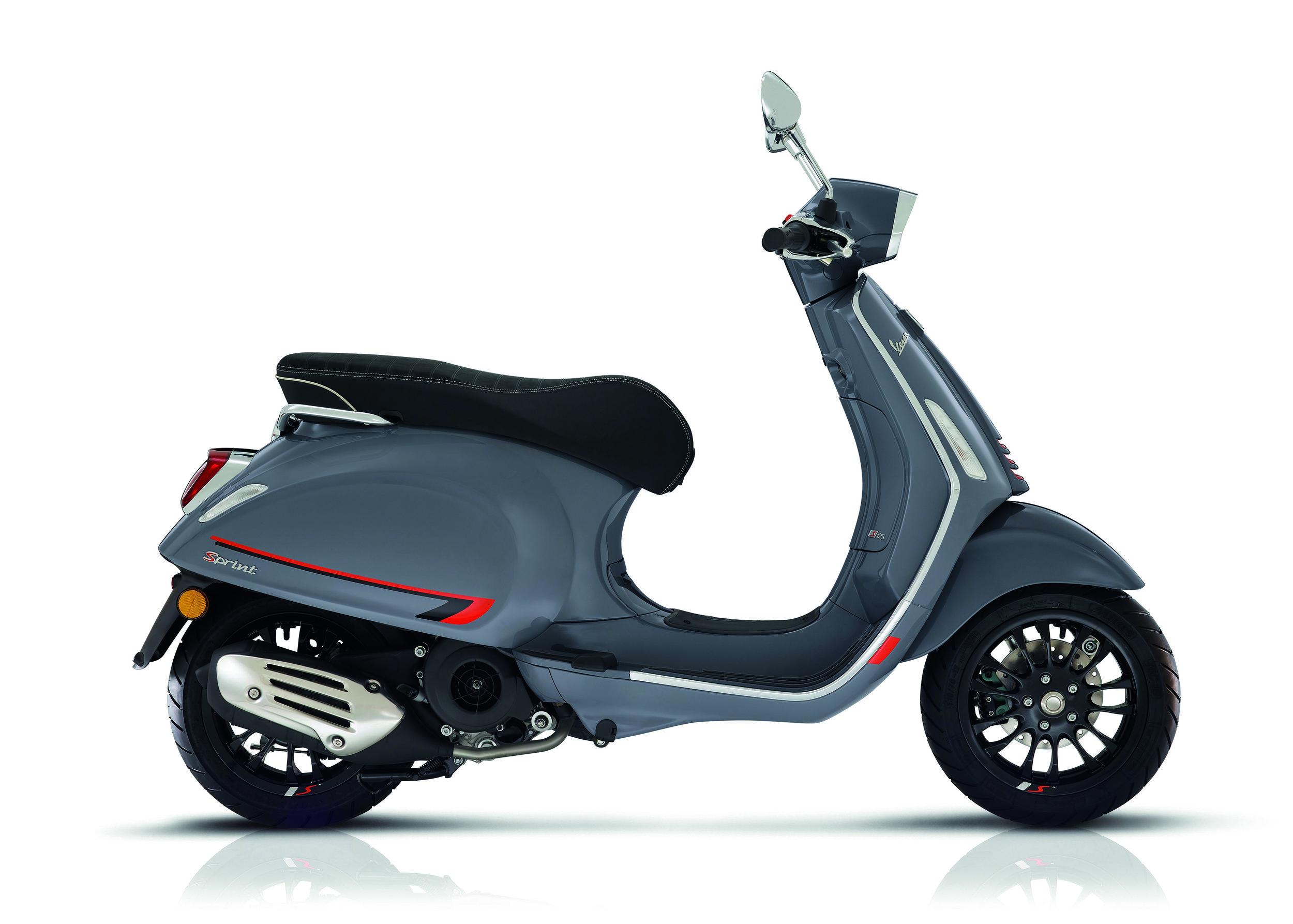 Vespa Sprint S Grigio Titanio.jpg