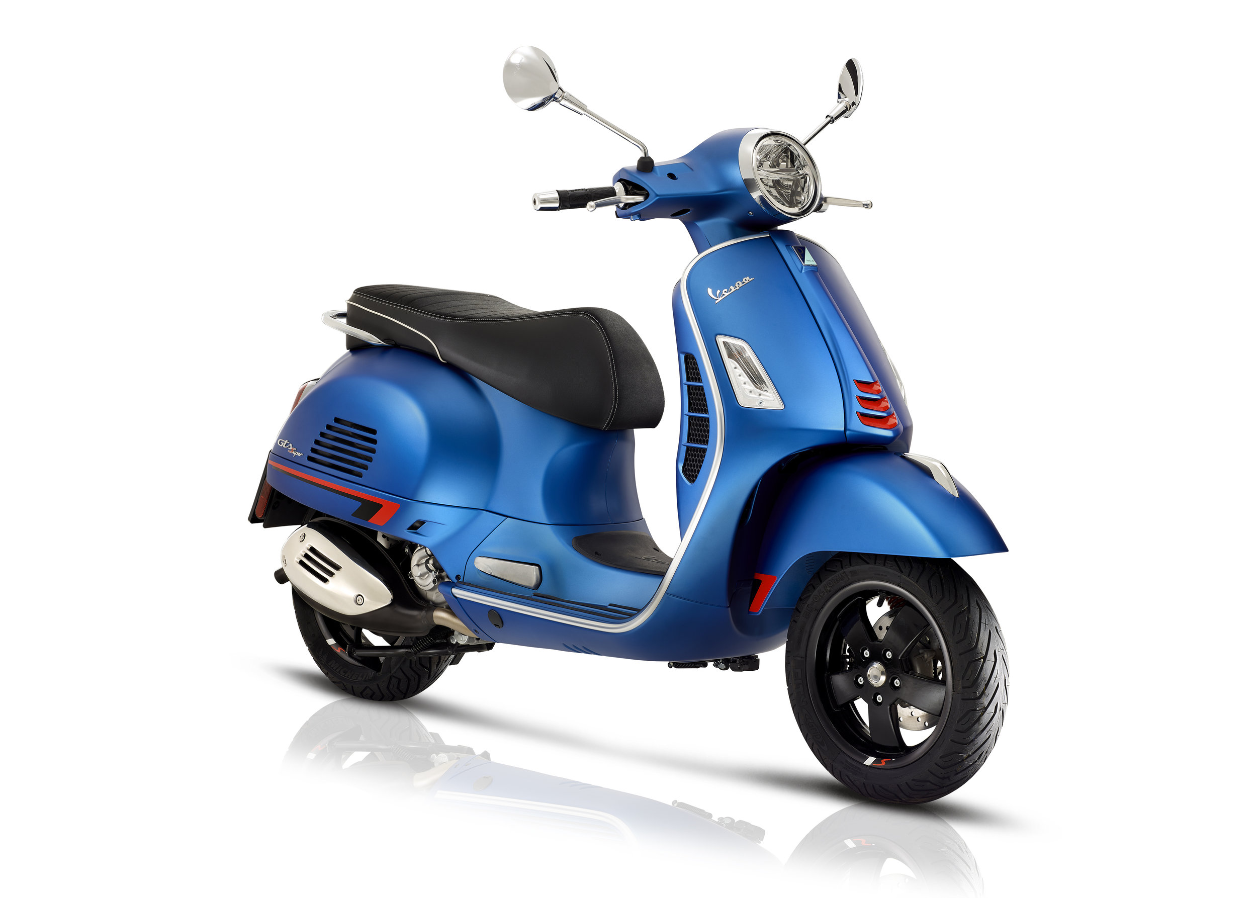 06 Vespa GTS SuperSport.jpg