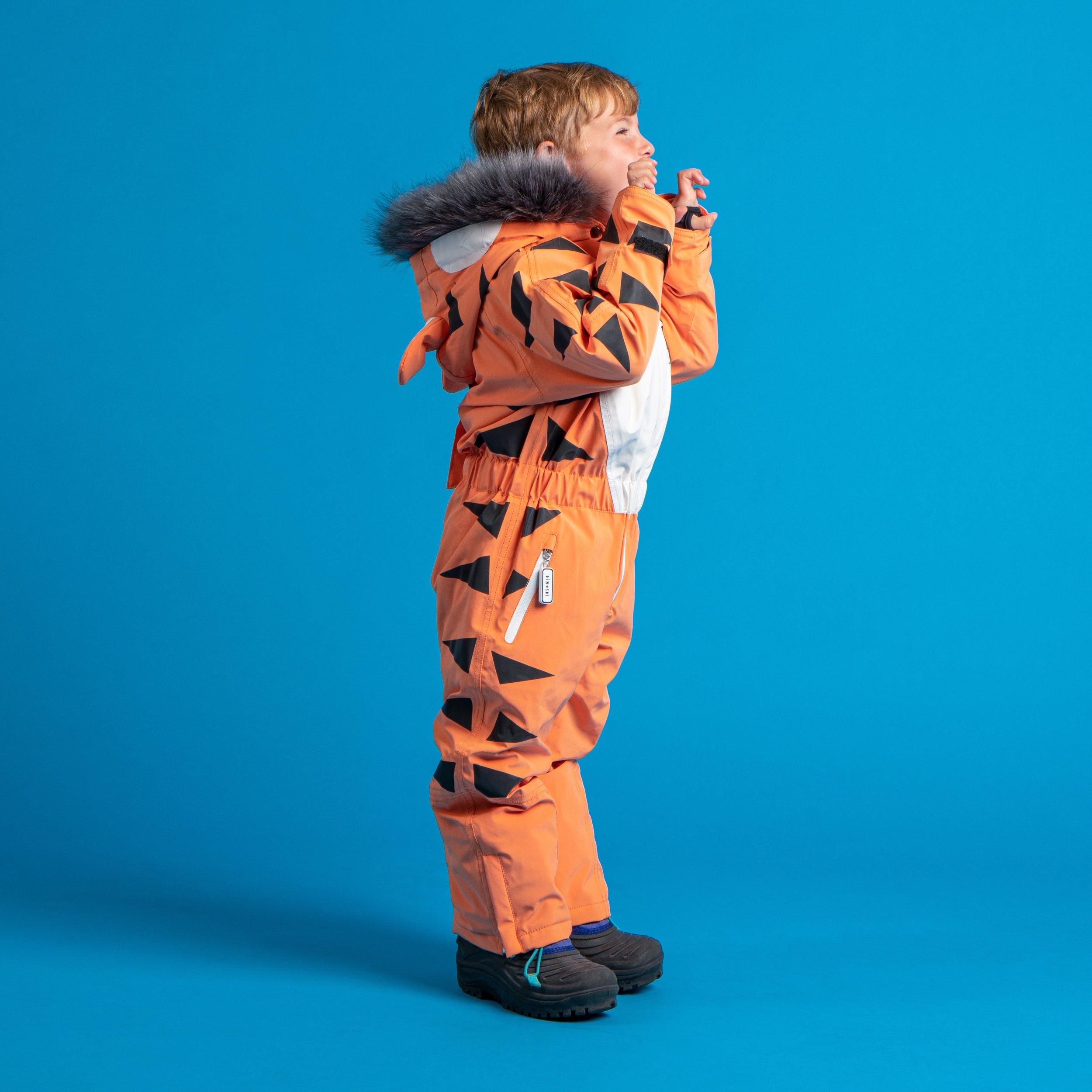 Dinoski-Tiger-Side.jpg