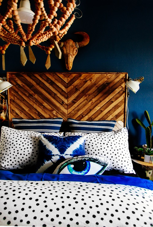 Unbelievably cool bedroom of Pati Robins daughter love this wooden skull