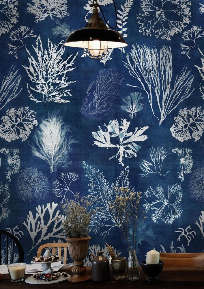 Algae wallpaper in navy