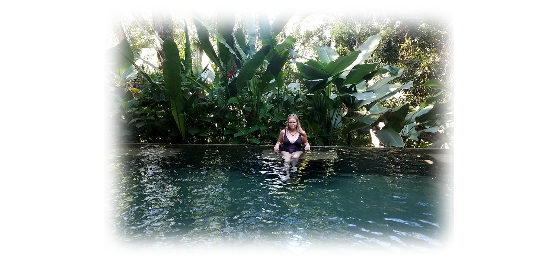 costarica-pool.png