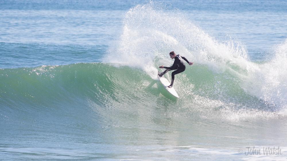 http://www.hamptonbeachguide.com/best/surfing/