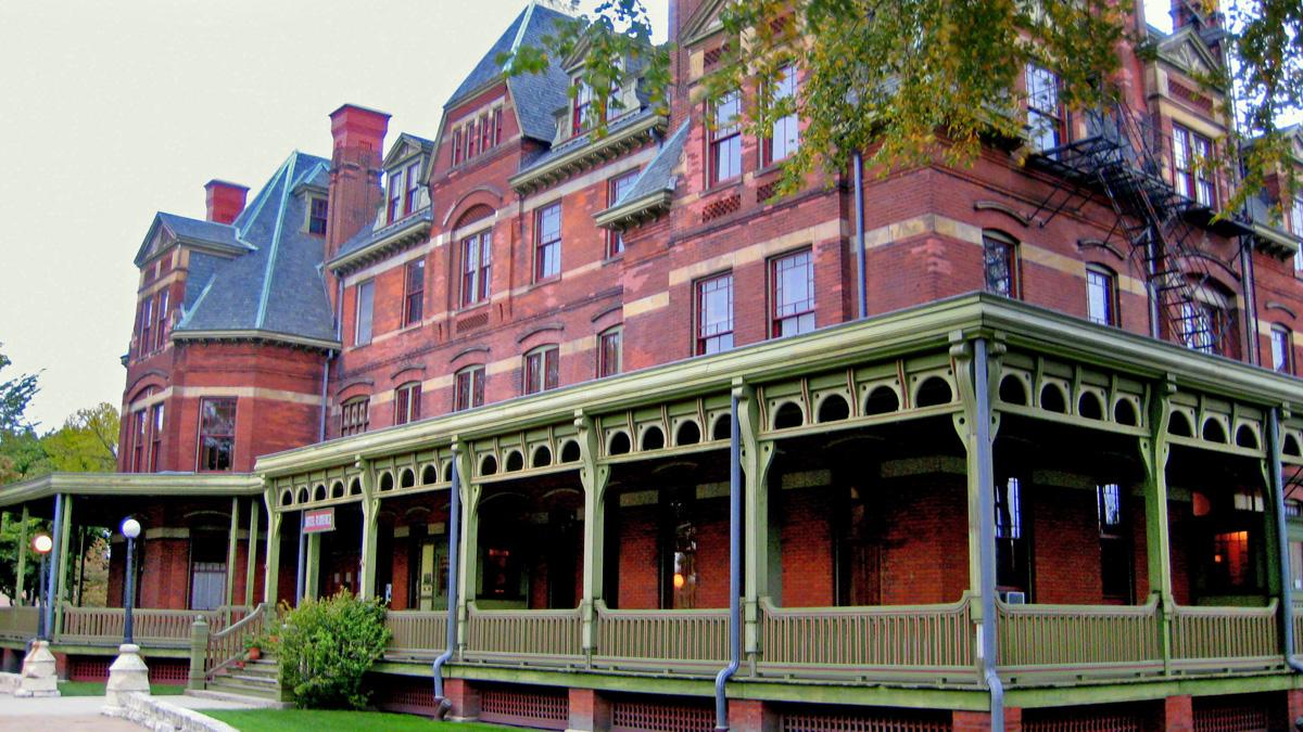 Hotel_Florence - Historic Pulllman Foundation - web.jpg