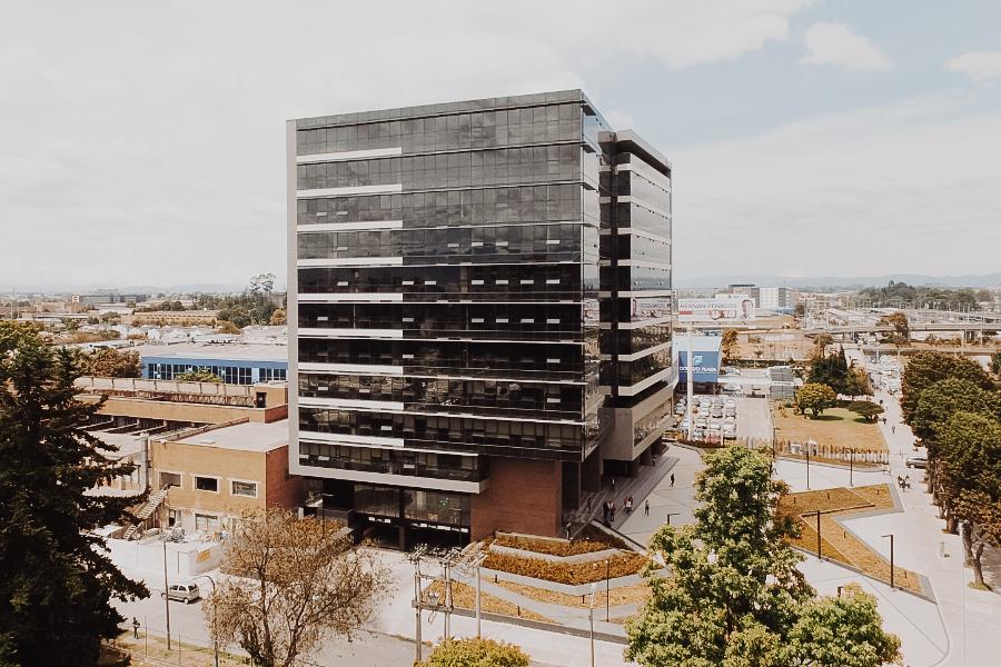 Centro Empresarial Calle 26 -