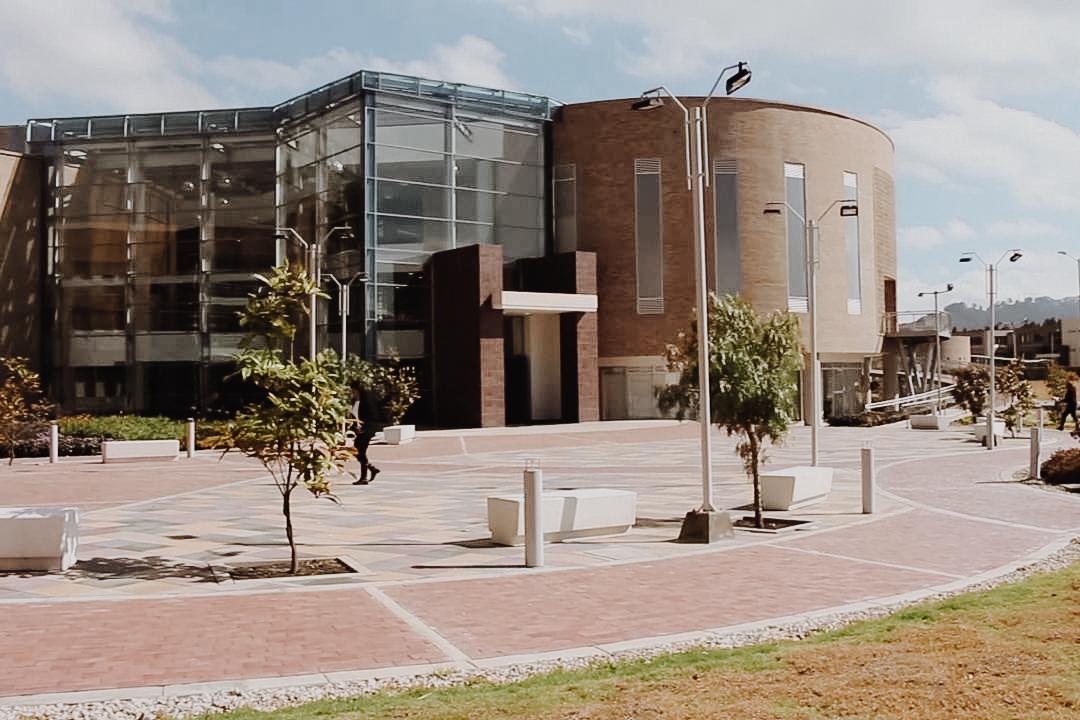 Universidad Militar Cajicá -