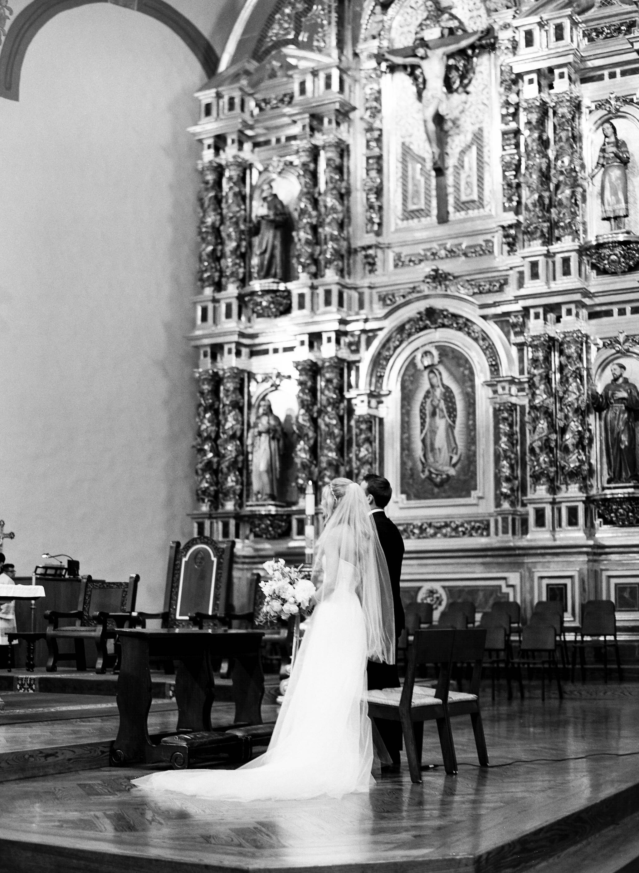 kelsandmichael_weddingphotography_missionwedding-18.jpg