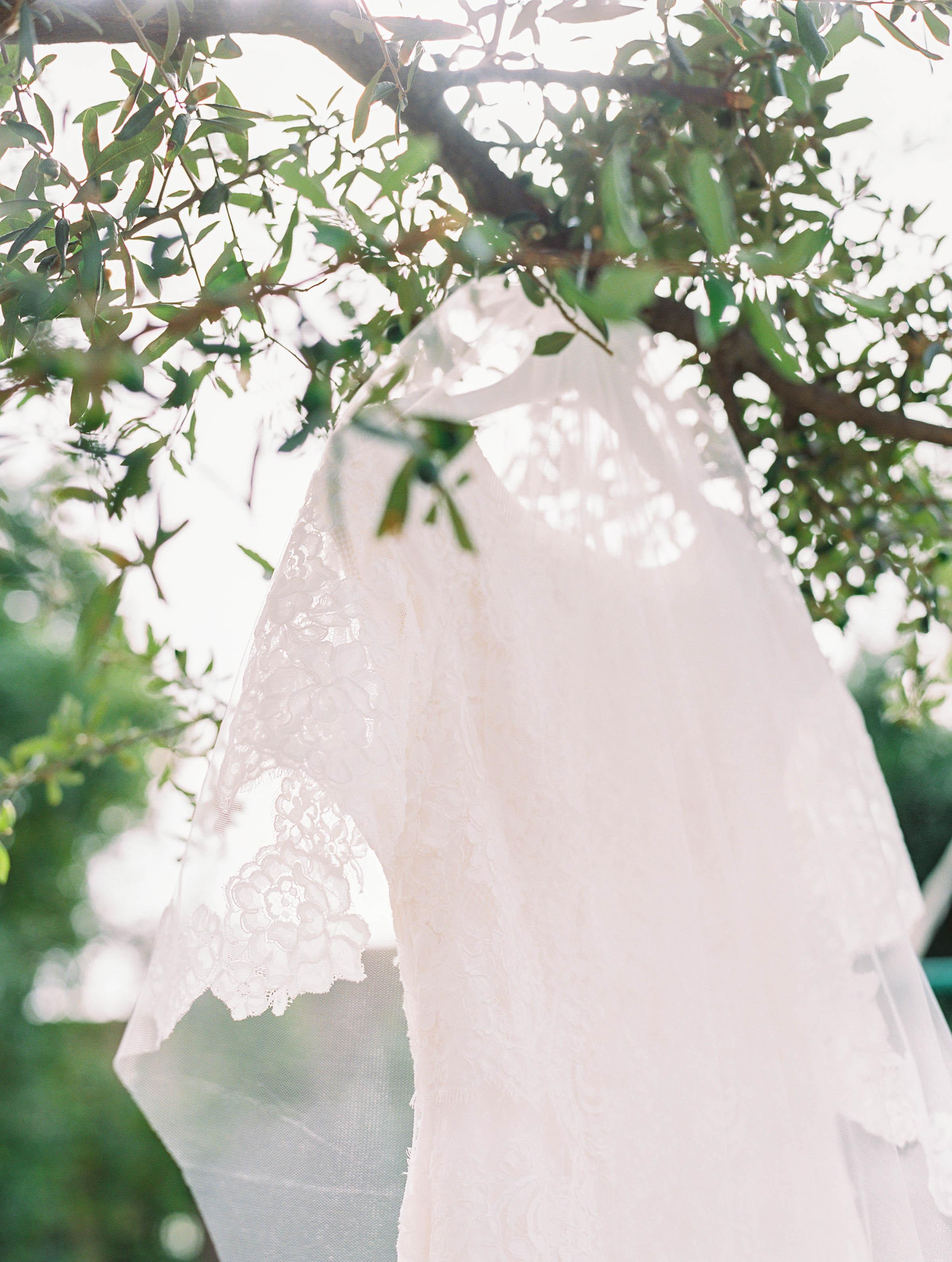 kelsandmichael_weddingphotography_coffey-64.jpg