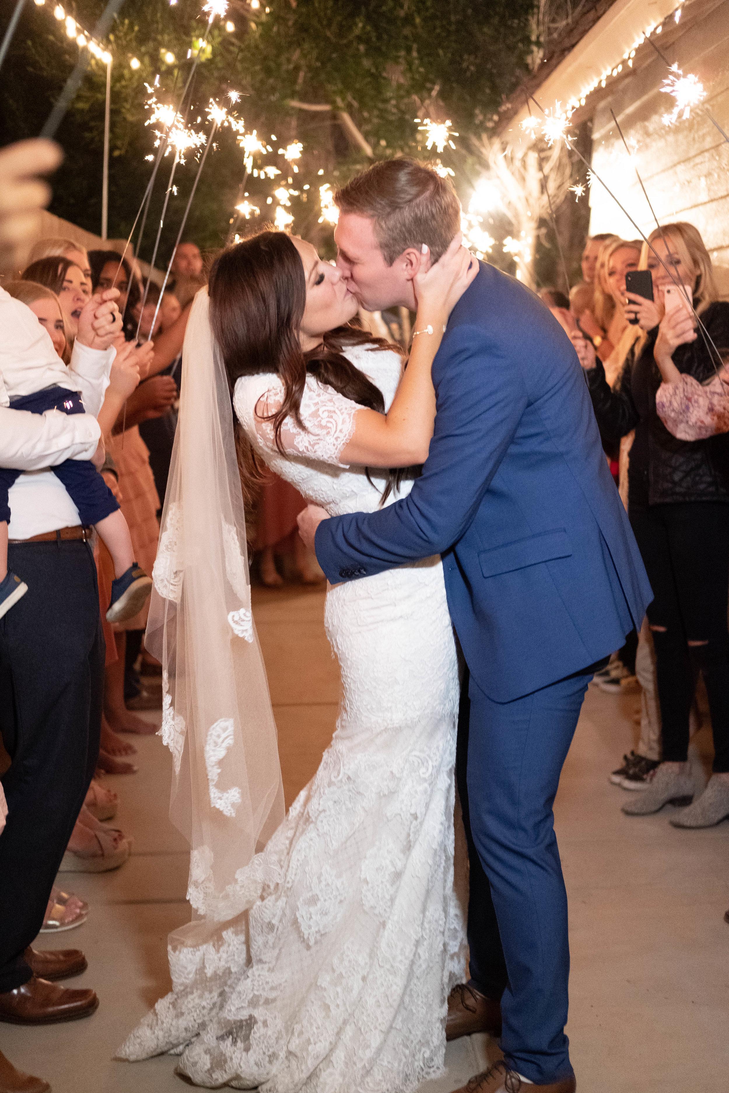 kelsandmichael_weddingphotography_coffey-172.jpg