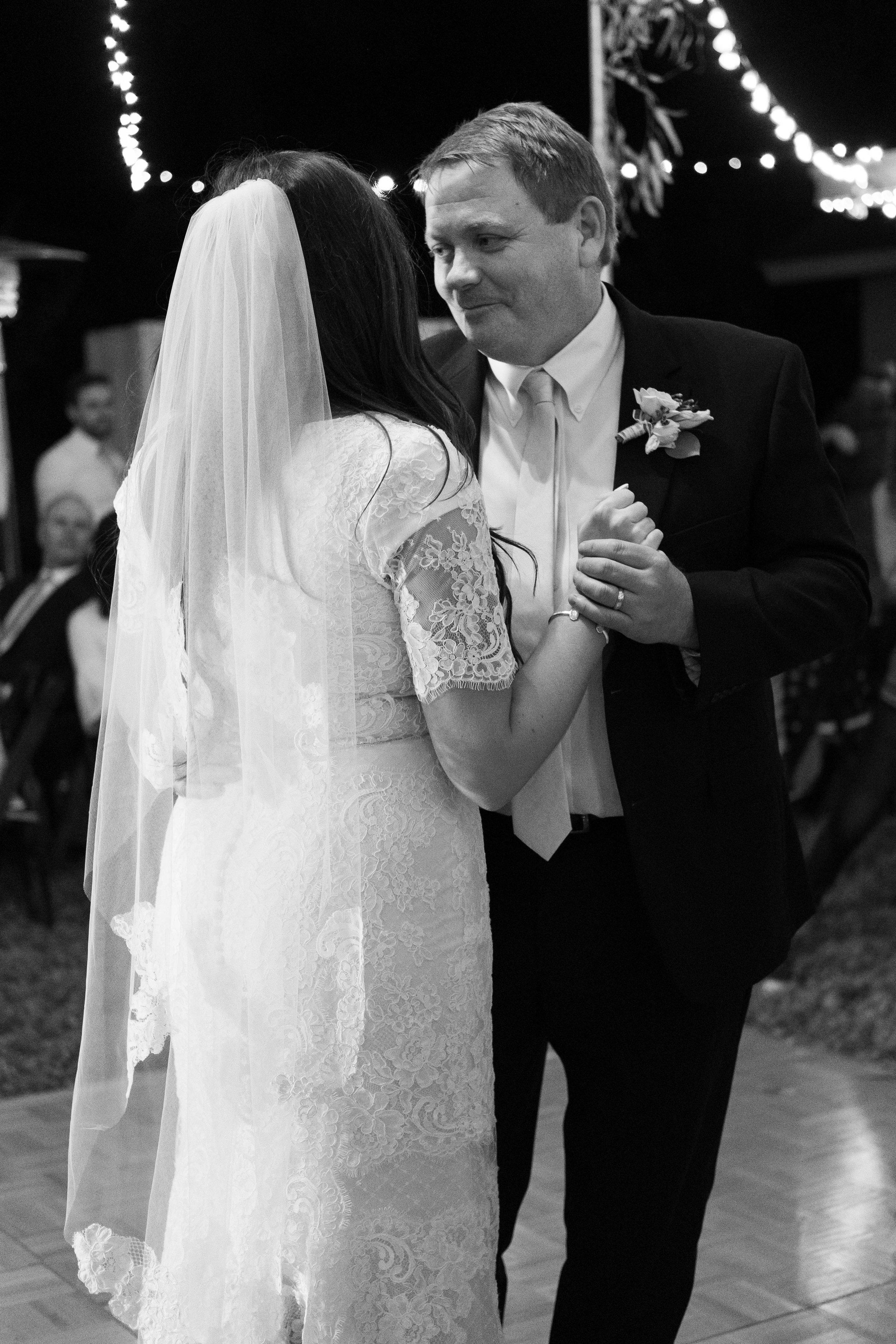 kelsandmichael_weddingphotography_coffey-278.jpg