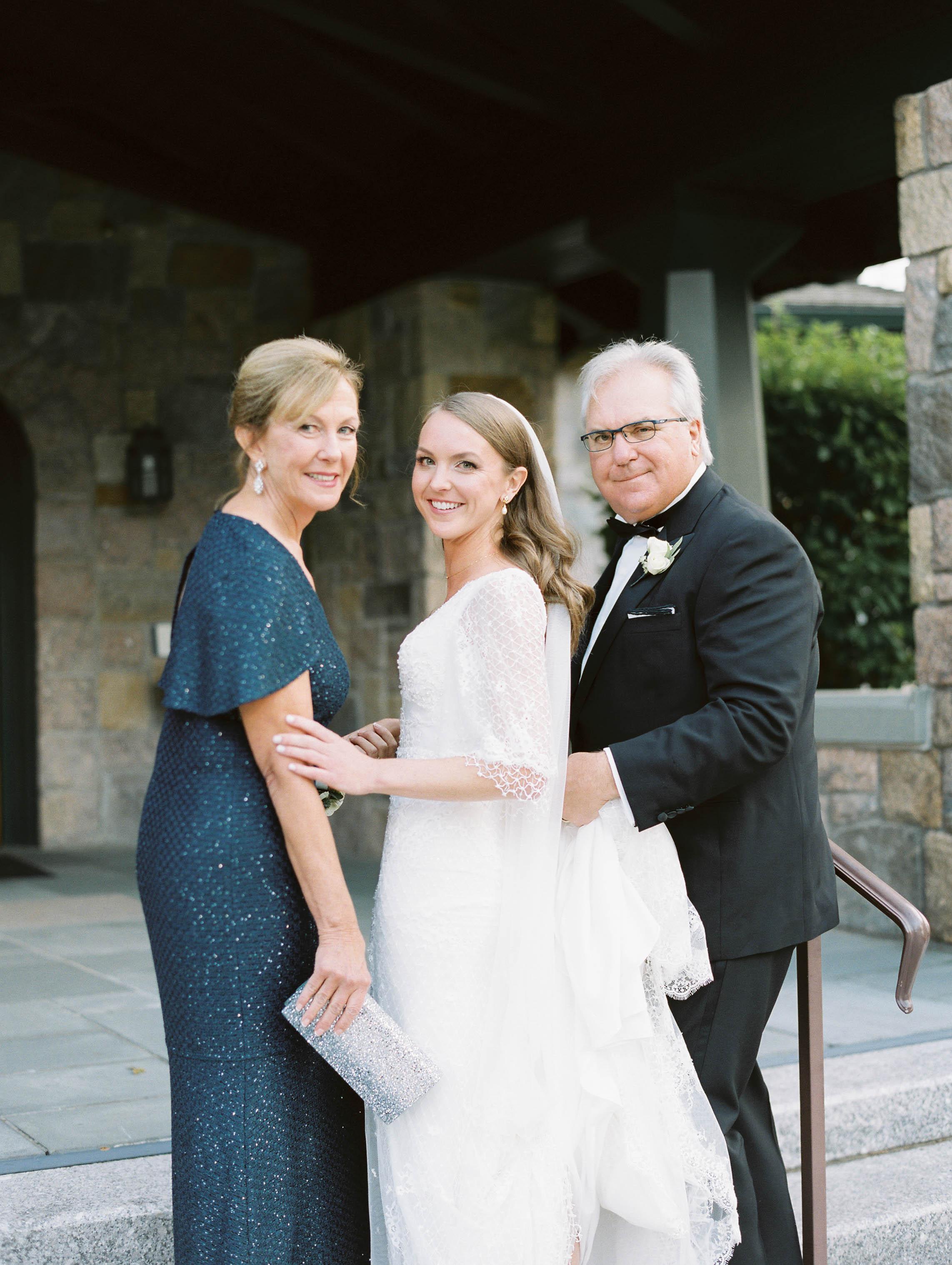 kelsandmichael_weddingphotography_rhodeislandwedding-28.jpg