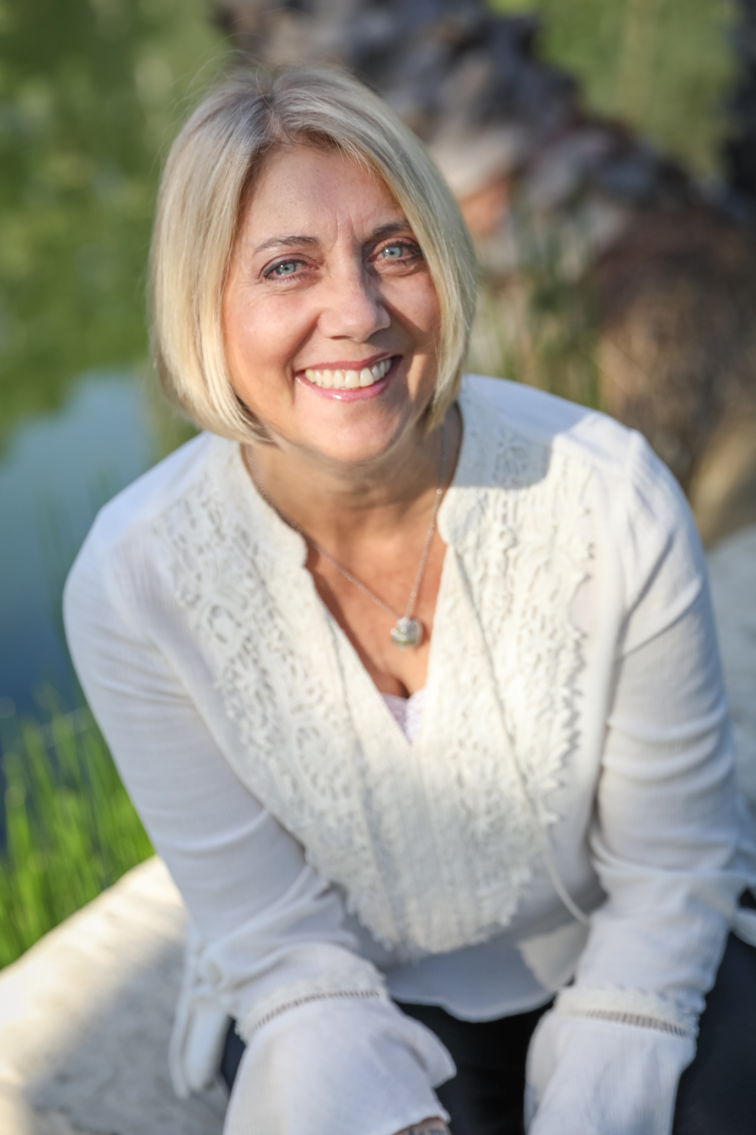 """Bonnie Taylor - An """"Accidental Entrepreneur"""". Living out her For Real Life in front of international audiences and in the U.S., she brings authenticity and transparency to life circumstances to all age groups."""