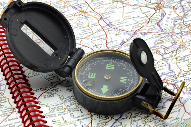 compass-on-the-map-c2a9-alvaro-german-vilela-dreamstime-640x426.jpg