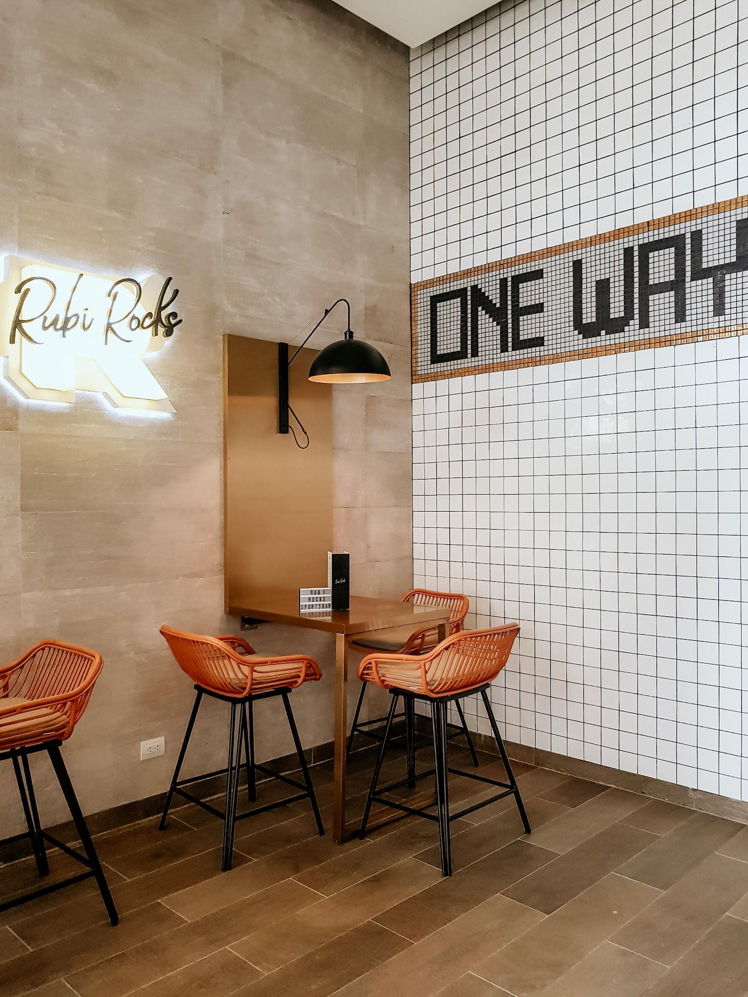 Rubi Rocks Beer & Burger Station