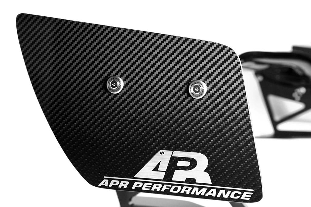 APR GTC-500 Adjustable Carbon Wing end plate