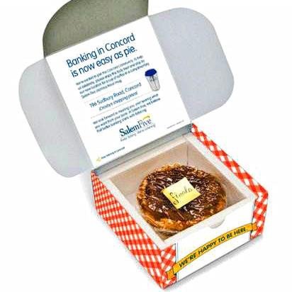fresh apple pie in custom bakery box