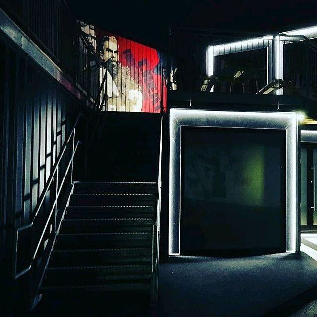 "Reposting @itsbrillsoitis: . . We light up the night. . . #beboxapaces #belfast #beautyinart #architecturephotographs #lightupthenight #lovelight #lovebelfast #belfastoffice #greattobehome #workingatnight #nightcrawler #containerspaces"""