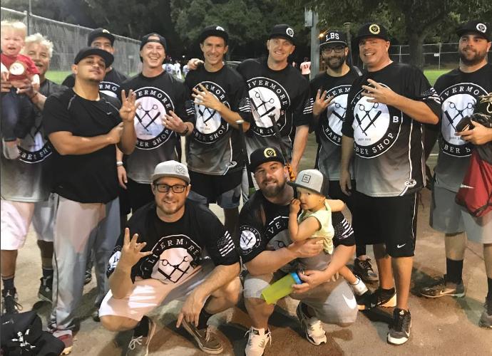 LBS Softball Team (2017)   Another great softball season, Thank You!