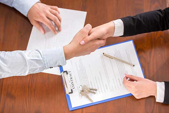 lease-agreement-shake-hands.jpg