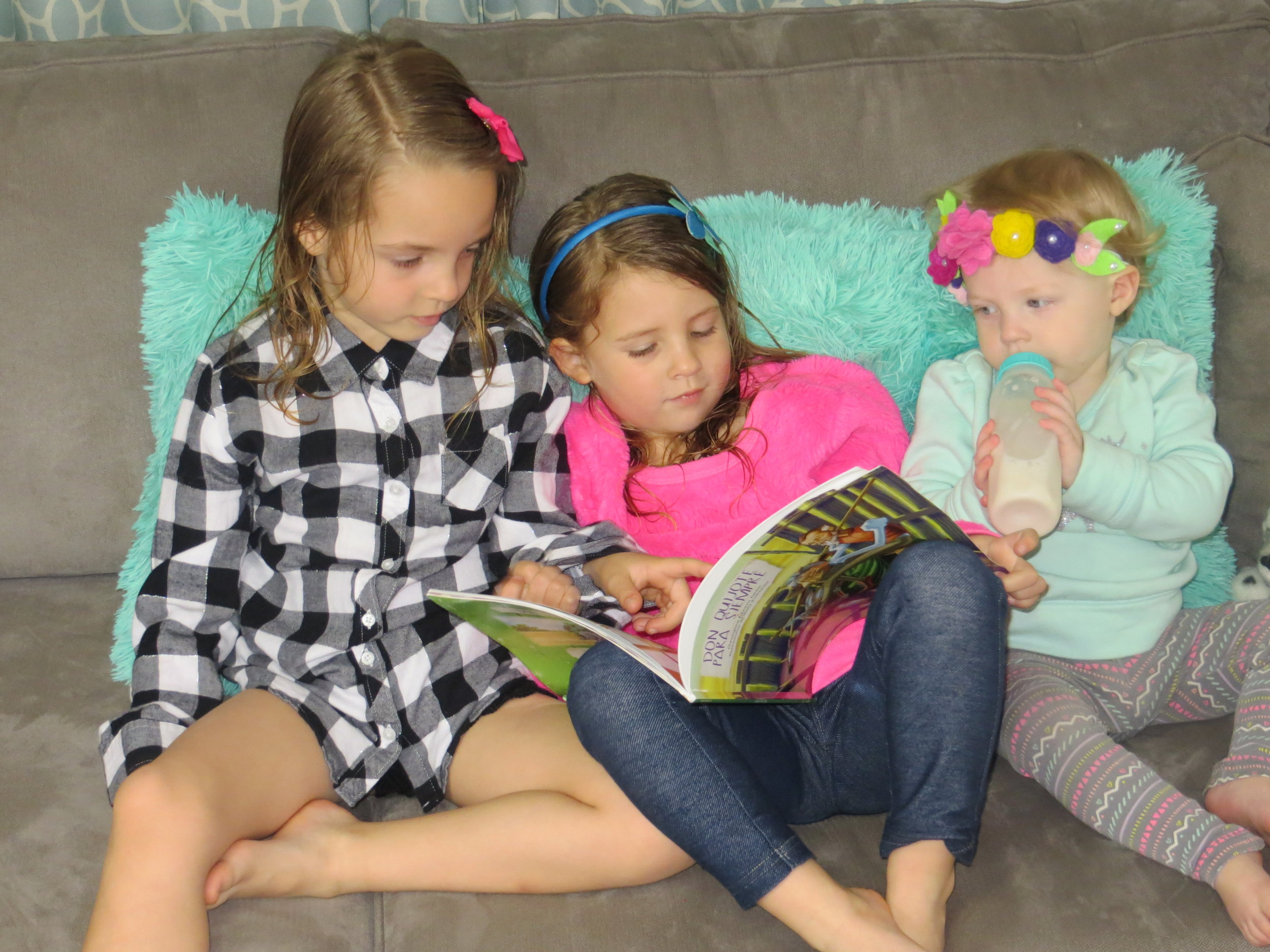 Children love reading stories over and over again and when they know a story well, they can retell it themselves!