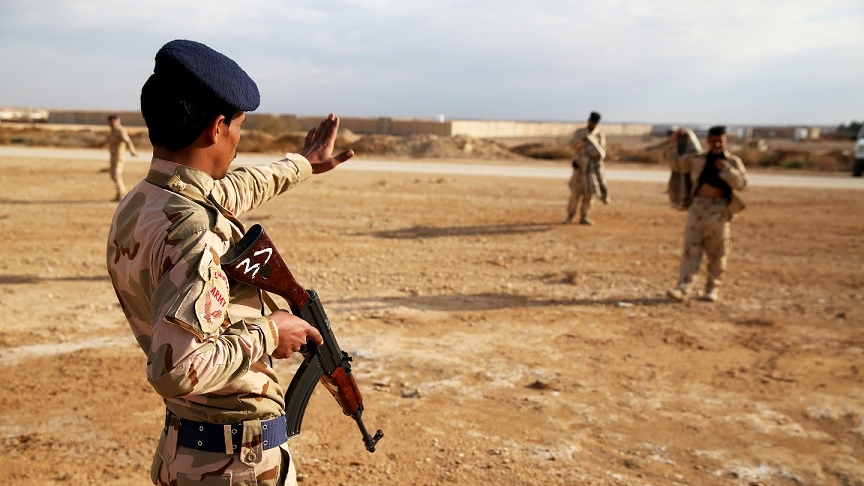 Iraqi soldiers practice halt and search procedures aboard Al Asad Air Base, Iraq, March 4, 2015. (USMC photo by Cpl. Carson A. Gramle, via DVIDS)