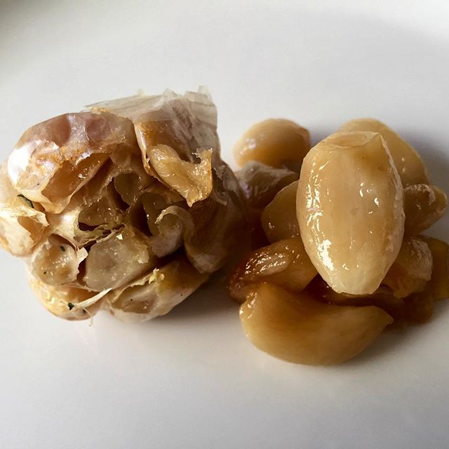 Roasted garlic is one of life's great pleasures. So easy to do, yet many of us forget about its simplicity. Whether you buy your garlic whole or pre-peeled, roasting your own is a great way to soften the bite of garlic and give your dishes a touch of sweetness.⠀ ⠀ Whole garlic:⠀ 1. Cut tips off, coat in high heat cooking oil, and wrap in tin foil.⠀ 2. Place on oven tray and cook for about one hour at 350˚F/177˚C.⠀ ⠀ Peeled Garlic:⠀ 1. Trim brown tips off and place in oven-safe dish, covered in high heat cooking oil.⠀ 2. Cover with tin foil and roast for about one hour at 350˚F/177˚C.