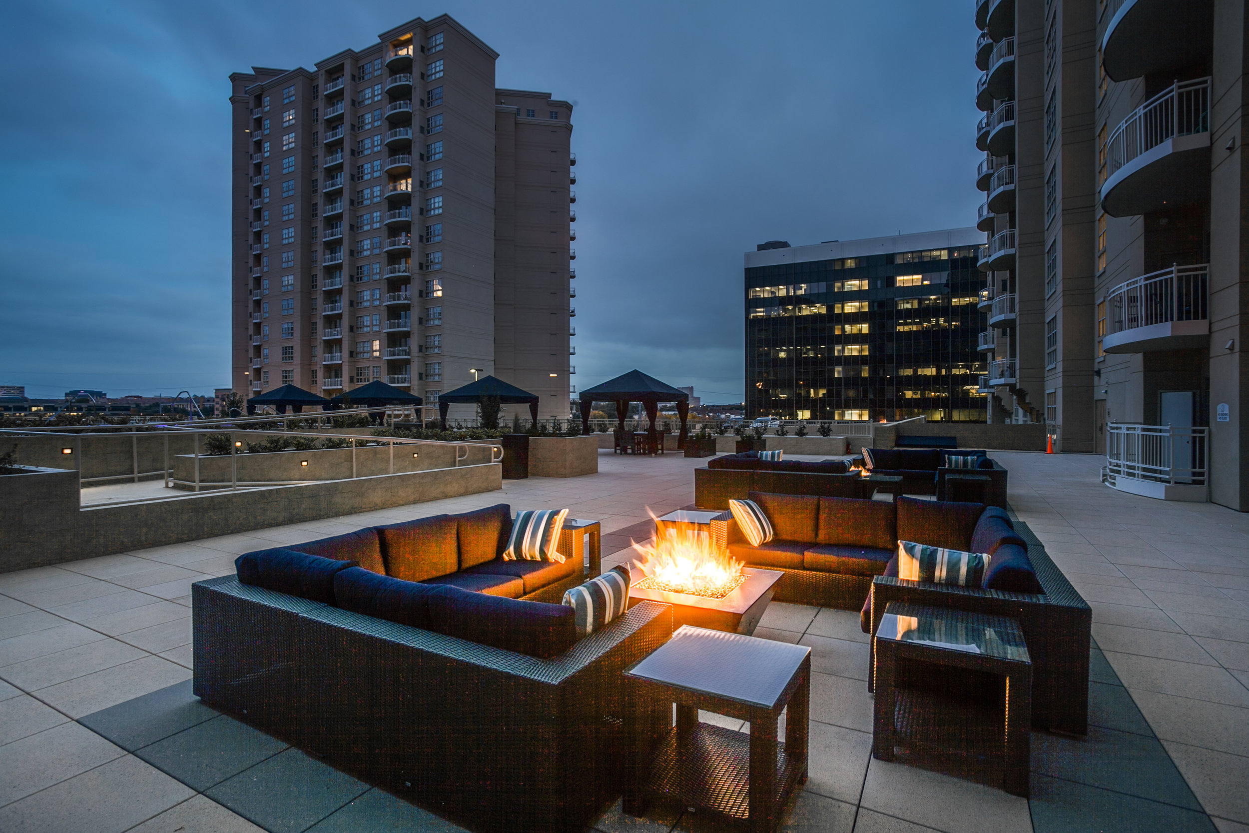 Fire pits  - Two fire pit social gathering areas are located on the Main Pool Deck, just outside the Fitness Center. Each area includes outdoor couches and tables. To operate, simply turn the timer knob on the adjacent wall. A great place to keep warm and meet your neighbors on a cold night.Hours: Pool Deck, BBQs and Fire Pits open 7:00 a.m. to midnight, subject to Quiet Hours 10:00 p.m. to 9:00 a.m.