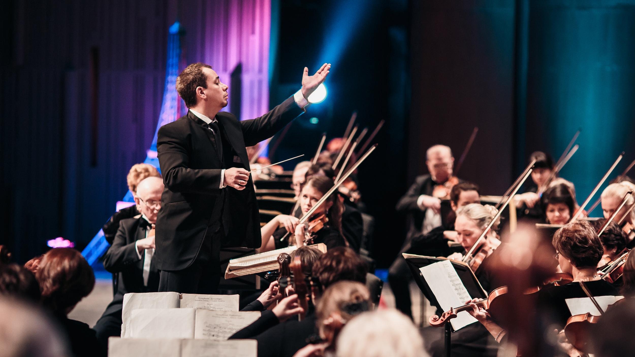 Orchestra2.jpg