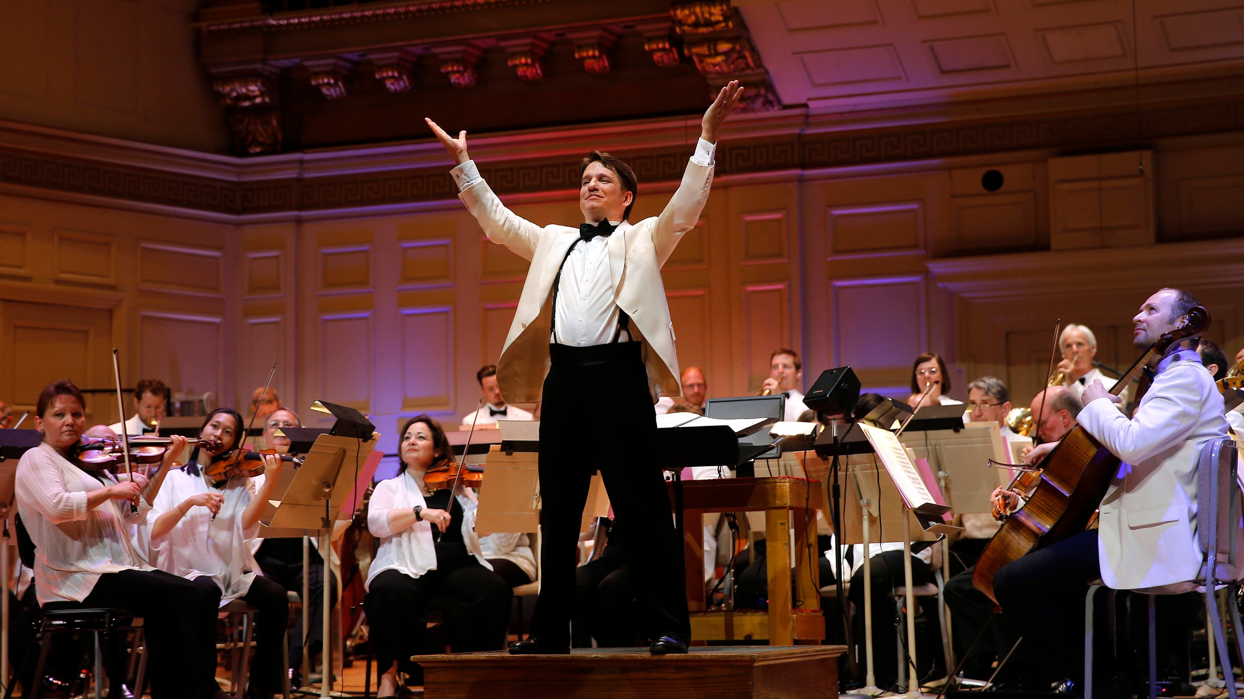 Keith+Lockhart+with+the+Boston+Pops+_WT26654+%28Winslow+Townson%29.jpg
