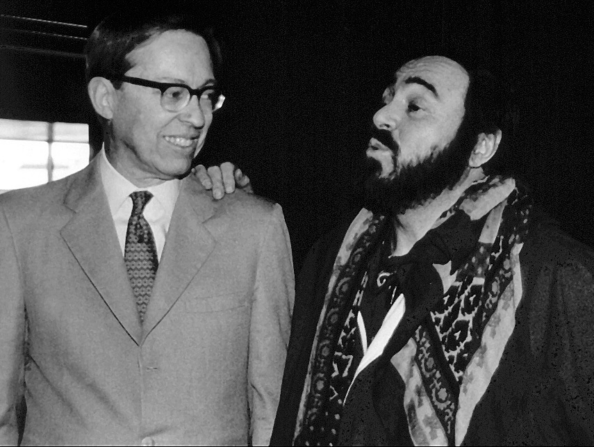 Series founder Richard Harriman with Luciano Pavarotti in 1983 for a 10th anniversary celebration of the tenor's international recital debut presented by the Series on February 1, 1973.