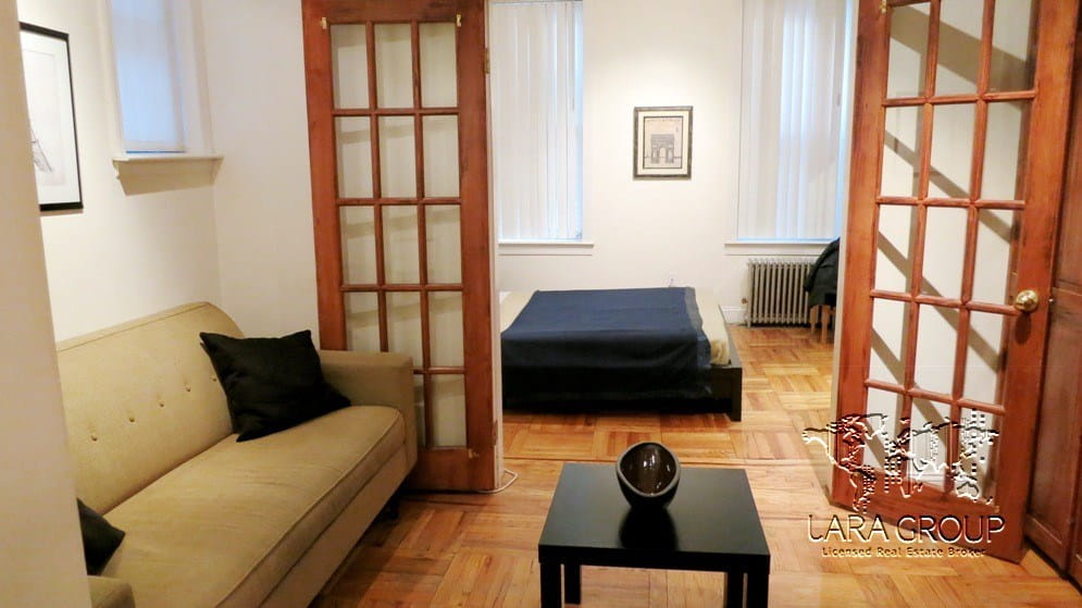Upper East Spacious Short Term Apartment 1.jpg