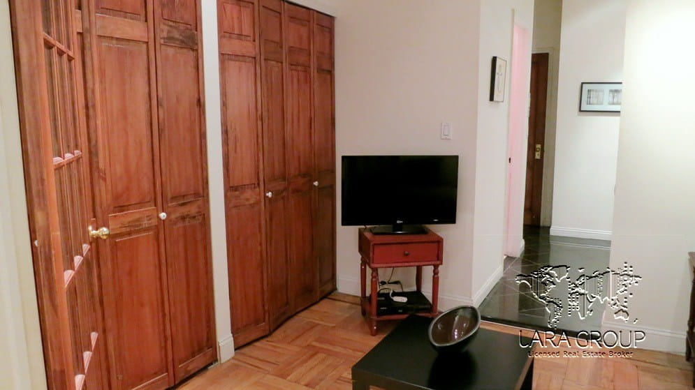 Upper East Spacious Short Term Apartment 9.jpg