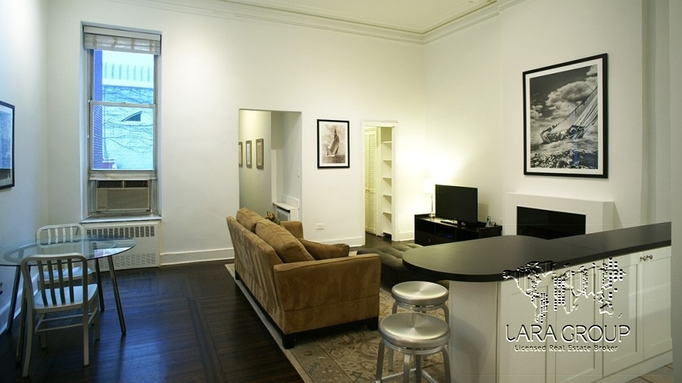 Upper East  Renovated Temporary 1BR 1.jpg