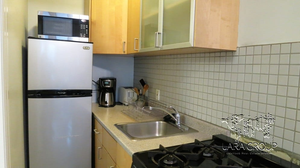 Upper West Charming Temporary 1BR 9.jpg