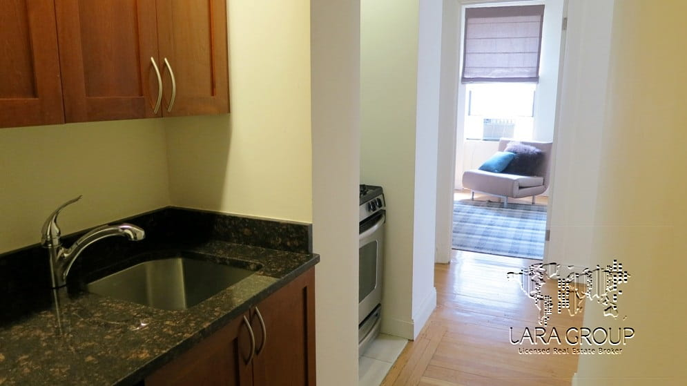Upper West Homey Furnished 1BR 10.jpg