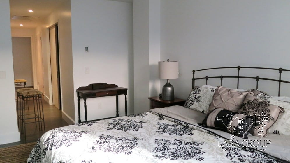 Midtown East Furnished 3 BR 13.jpg