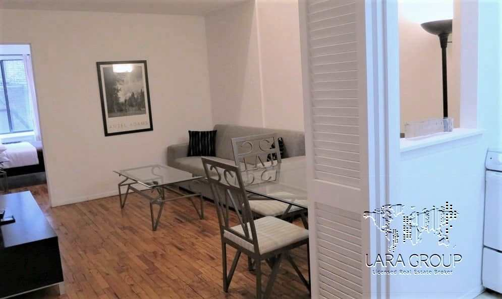Upper East Furnished 2 BR Duplex 3.jpg