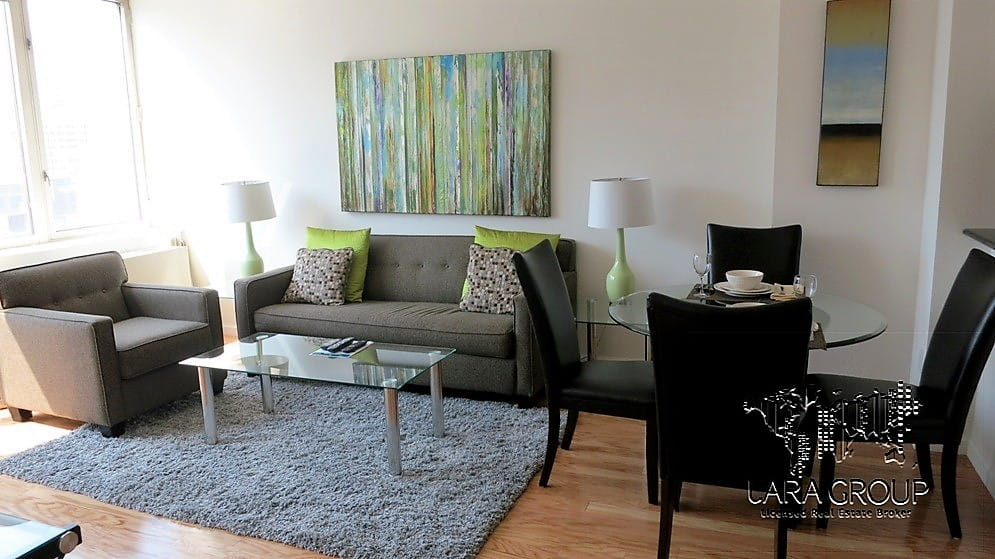 Upper East Spacious Furnished 2 BR 5.jpg