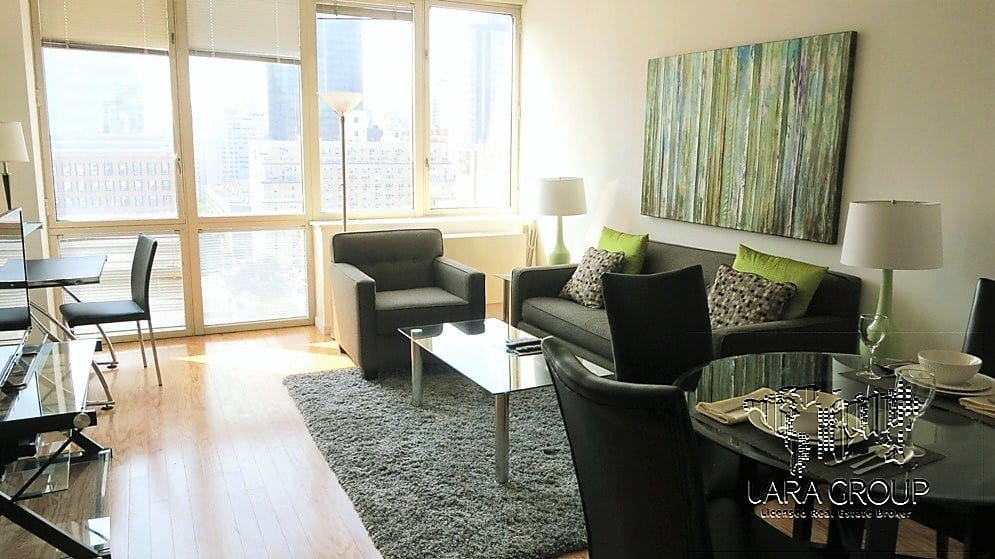 Upper East Spacious Furnished 2 BR 6.jpg