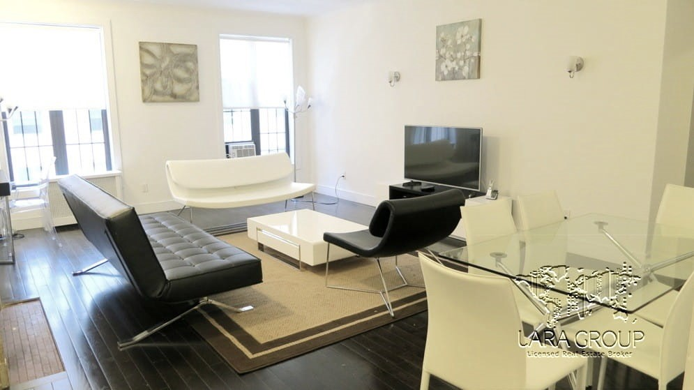 Midtown West Modern Furnished 3 BR 1.jpg