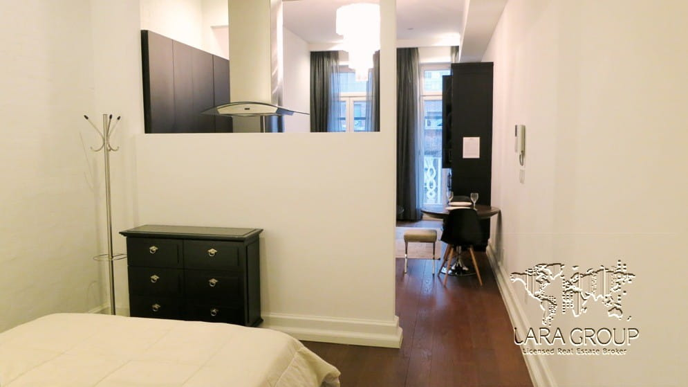NY Luxury Furnished 1 BR 52nd St 9.jpg