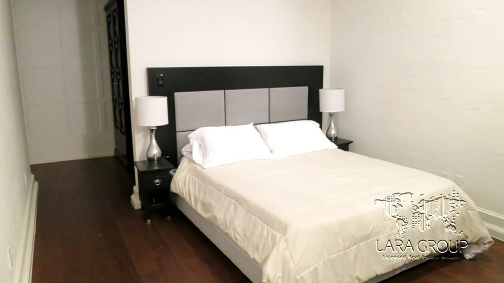 NY Luxury Furnished 1 BR 52nd St 10.jpg