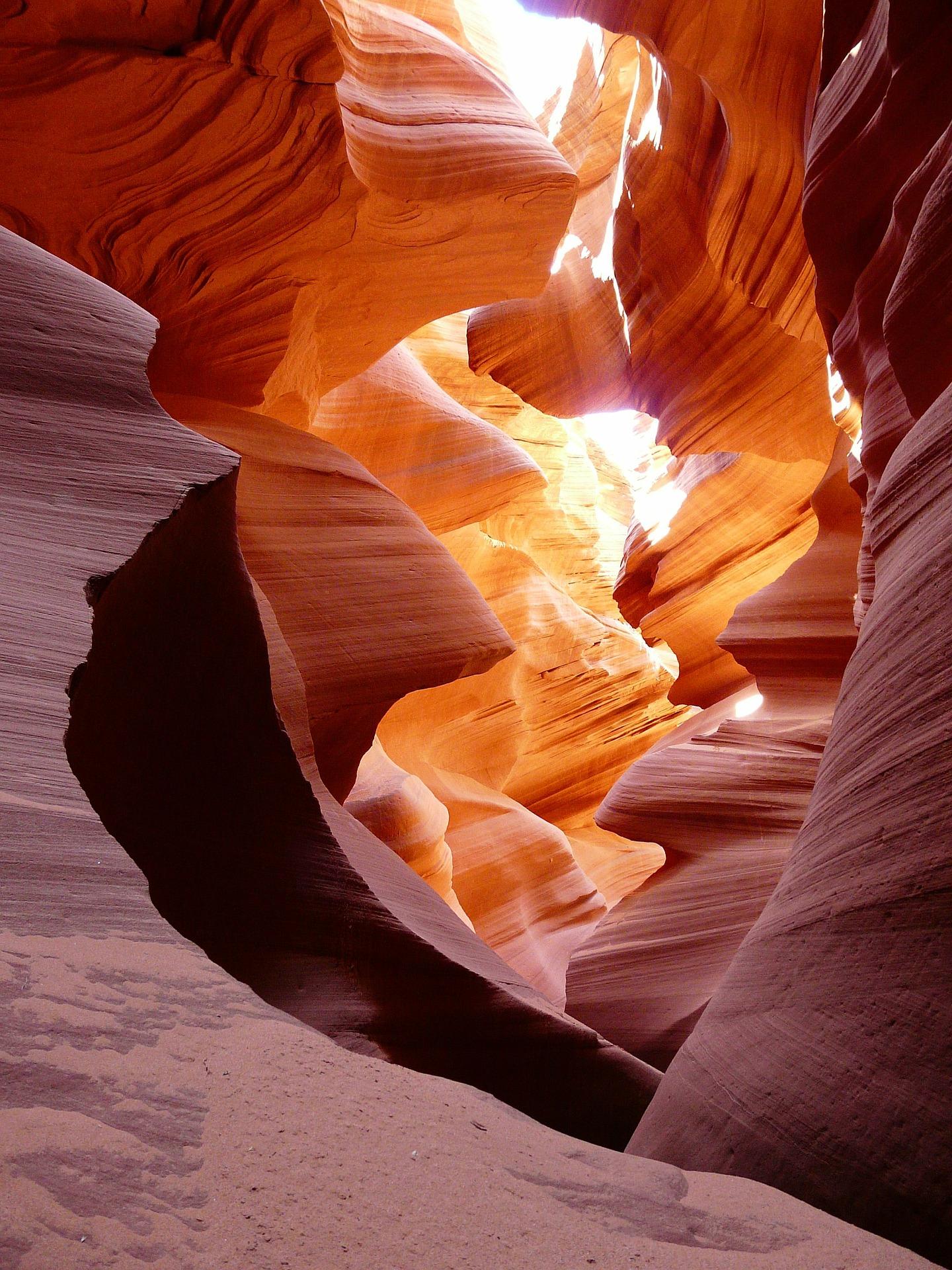 antelope canyon lower pixabay.jpg